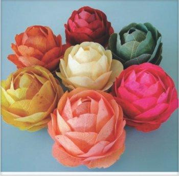 Bola Decorativa com Flor de Folhas 7cm