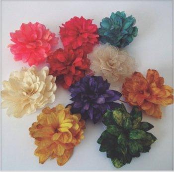 Flor de Folhas Montada S/ Cabo para Decorar c/ aprox. 12 cm
